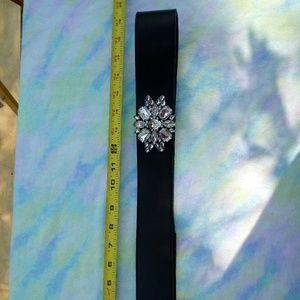 NWT LB Stretchy Fashion Belt w/ Jeweled Detail